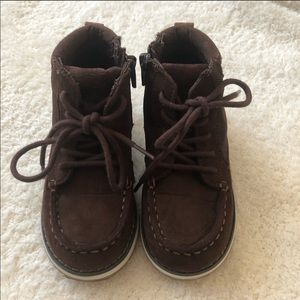 Old navy brown fall boys boots 9